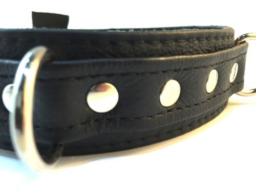 Collar-3D-Thin-Rivit-Black-a-500
